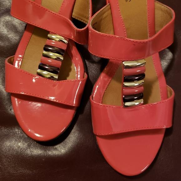 Softspots Sandals Sz